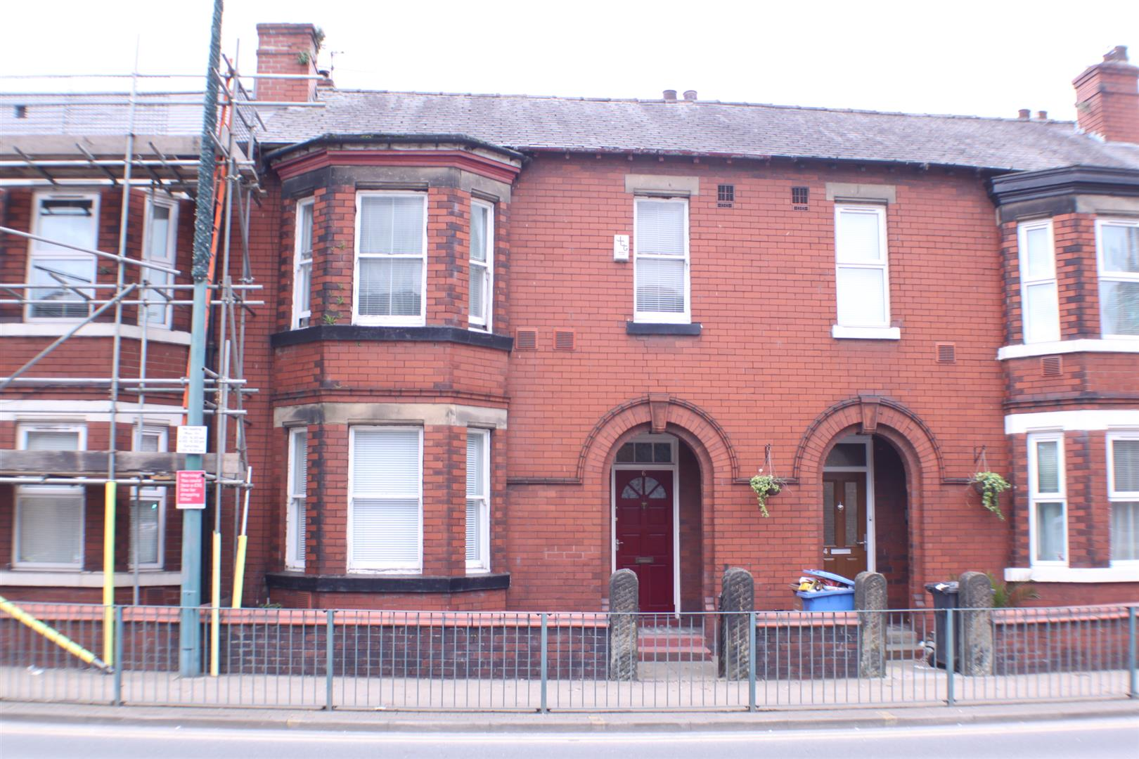 3 Bedrooms Property for sale in Corporation Road, Manchester